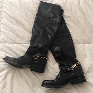 STEVE MADDEN Calf-Knee High Boots w/Gold Chain